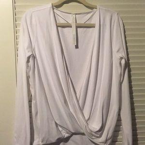 Lululemon white top